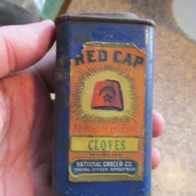 Detroit, Mich. RED CAP Cloves spice tin National Grocer Co. FEZ hat moon & star