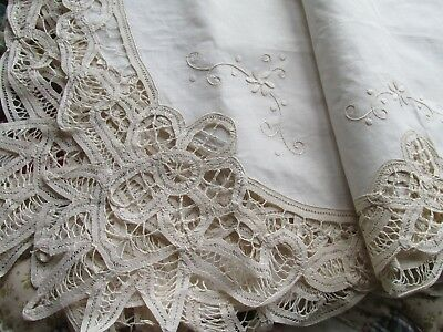 Vintage Embroidered & Tape Lace Irish Linen Table Cloth.EX, UNUSED CONDITION