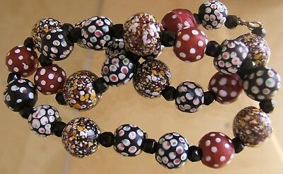Lovely Vintage Venetian Glass Skunk Eye & End Of Day Trade Bead Necklace