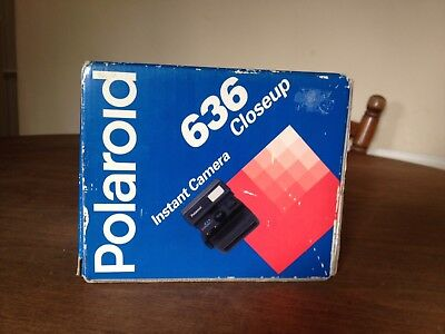 Polaroid 636 Close up 600 Instant Camera Great Condition Boxed