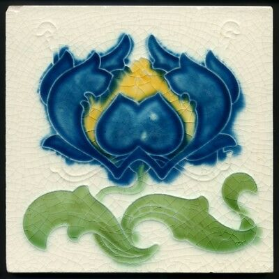TH3304 Art Nouveau Majolica Big Blue Flower Tile T A Simpson c.1905