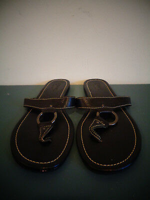 fc448a7fa33b2 WOMEN S CHAPS THONG SANDALS GOLD LEATHER BRAIDED SIZE 9m SHOES ...