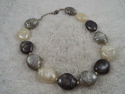 Pearlized Marbled Gray White Taupe Acrylic Bead Necklace (C49)
