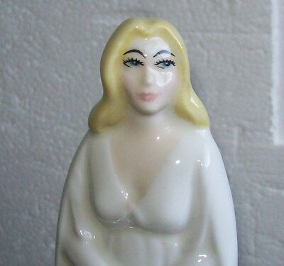 GALADRIEL Middle Earth The Lord of the Rings Royal Doulton HN2915