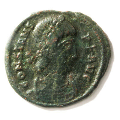 Bronze Coin of Roman Emperor Contans I (337-350 AD). AE4 Follis in Very Fine con