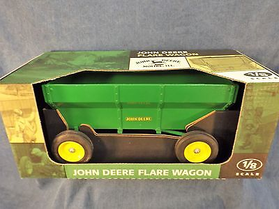 John Deere Flare Box Wagon - Big 1/8 Scale - Never Removed From Box - 1996