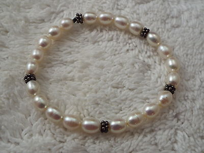 Cultured Freshwater Pearl Bracelet (A79)