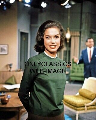Sexy Beautiful Mary Tyler Moore The Dick Van Dyke Television Show 8X10 Photo