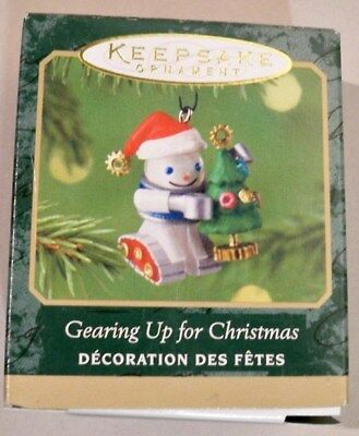 Gearing Up For Christmas 2001 Miniature-Elfbots Are Jolly Hallmark Ornament New