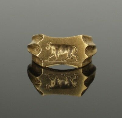ANCIENT MEDIEVAL GOLD SEAL RING WITH BULL - CIRCA 15th/16th Century AD