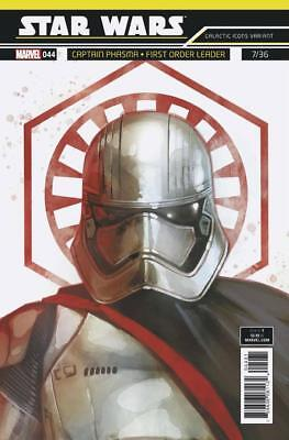 Star Wars #44 Reis Galactic Icon Variant Featuring Captain Phasma