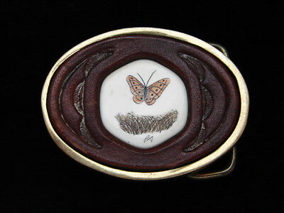 PI11112 VINTAGE 1970s **BUTTERFLY** SCRIMSHAW ART LEATHER & SOLID BRASS BUCKLE