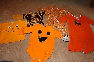 Lot of Halloween Clothes Size 3 – 6 months
