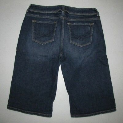 Womens Simply Vera Vera Wang Stretch Boyfriend Jean Shorts. Size 8.