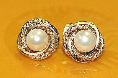 E6 Gorgeous Vintage Pair of PEARL EARRINGS STUDS SOLID 14K Yellow GOLD elegant