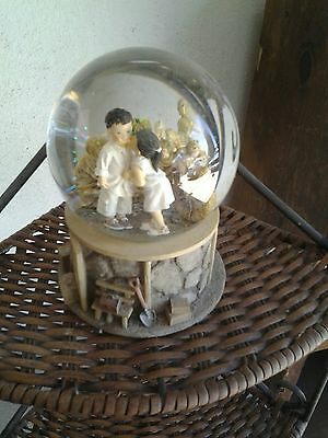 """Westland Kim Anderson's """"forever Young"""" Musical Glitter Globe  Music Box"""