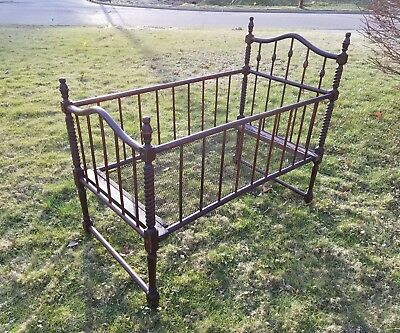 Antique Spooled Wood Baby Bed Bassinet Crib with wire mesh mattress frame