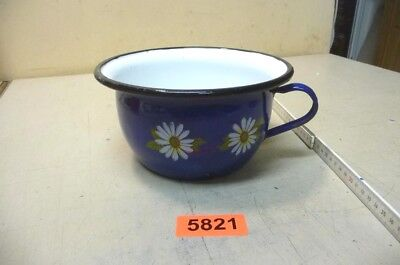 Nr. 5821.  Alter  Nachttopf  Emaille  Nachttopf   Old Enamelware Chamber Pot