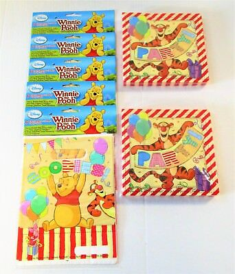 Winnie The Pooh Pack of 30 Party Bags and 40 Napkins - Disney Tableware