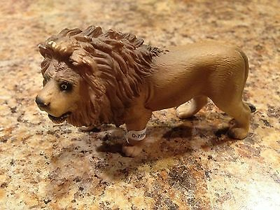 Schleich Standing Walking Lion Cat Retired 2005 RARE