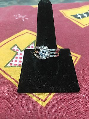 Avon Eladia CZ ring set size 10 New In Box  Discontinued 2010 ring set