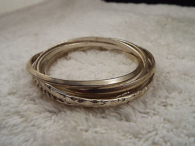 Silvertone 5 Interlocked Bangle Bracelet (C23)