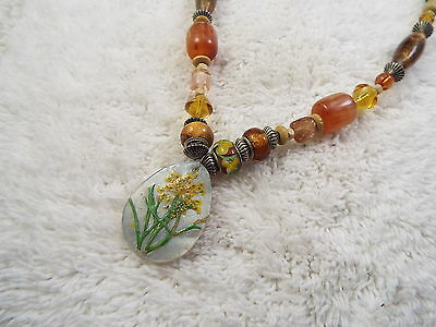 Mixed Brown Bead Yellow Flower Shell Pendant Necklace (D26)