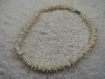 White Sea Shell Necklace (B47)