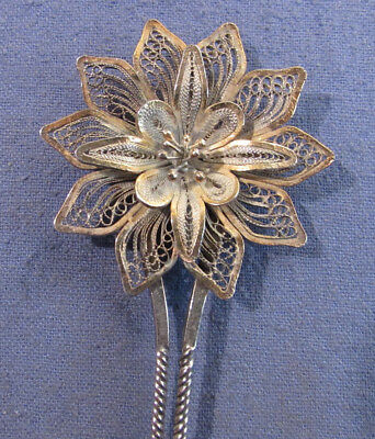 Nice Antique Victorian Ladies Hair Comb Metal With Floral Design