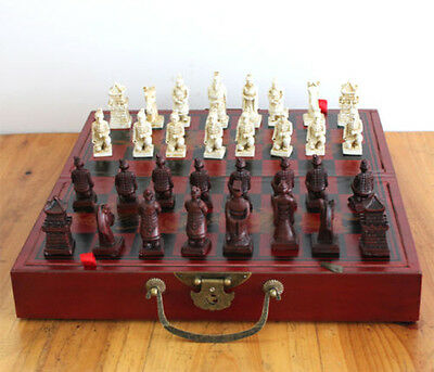 Classic Famous 32 Pieces Chess A Set of Leather wooden Coffee Table Warriors