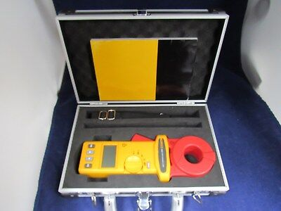 Fluke 1630 Earth Ground Clamp with Hard Case mint!!