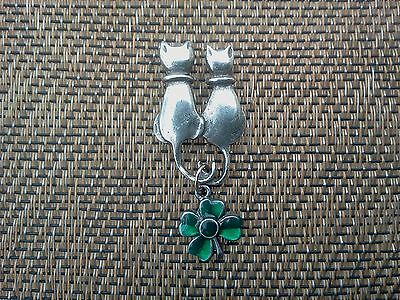 IRISH JEWELRY 1 CAT WITH FOUR LEAF CLOVER For Good Luck PEWTER PIN ALL NEW.