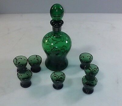 Green Glass Decanter & Seven Shot Glasses in Green and Black
