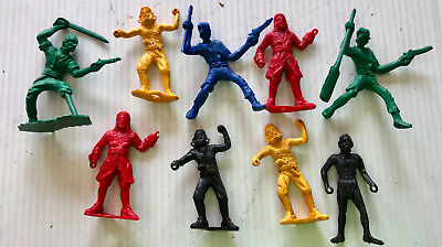9 Vintage Plastic PIRATES for Playsets