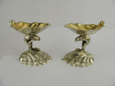 Pair Of Garrard & Co Silver Plated Novelty Frog Carrying Shells Gilded Salts