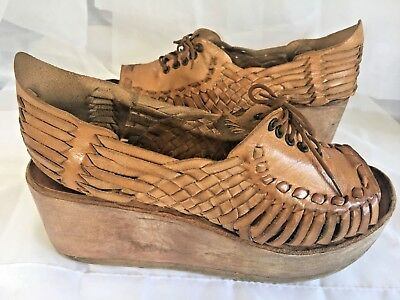 1970 VTG Huarache Sandal Woven Leather Wood Wedge Platform Boho Hippy Festival 8