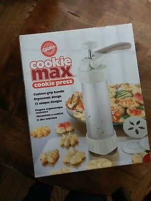 Cookie Max Cookie Press-With 12 Discs