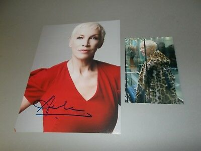 Annie Lennox  Eurythmics  signed signiert Autogramm auf 20x26 Foto in person