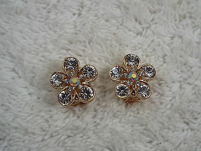 Goldtone Rhinestone Daisy Clip-on Earrings (C27)