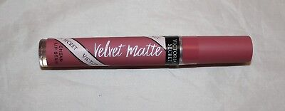 Victoria's Secret Velvet Matte Cream Lip Stain - Bombshell Seduction Nude Pink