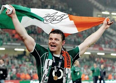Brian O'DRISCOLL Signed Autograph 16x12 Photo 2 AFTAL COA Ireland Rugby Legend