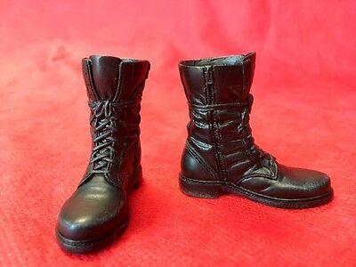 1/6 Hot Toys Terminator Genisys T-800 Guardian BOOTS ONLY JC