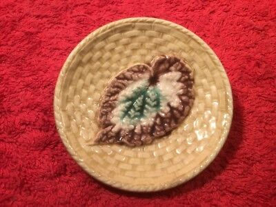 Antique Griffen, Smith & Co. Etruscan Begonia Leaf On Wicker Majolica Butter Pat