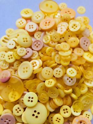 BB BUTTONS BULK MIXED LOT pack of 100 YELLOW sewing craft acrylic button mix