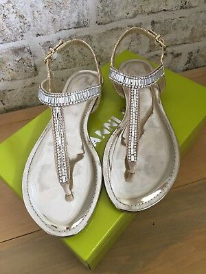 2b689ff57b37 EUC GIANNI BINI Precious Metallic Jeweled T-Strap Flat Sandals Sand Gold  7.5 -  40.00