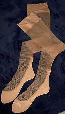 WWII Vintage VICTORY LACE Stockings Havanna Heel Seamed Fishnet Sz 9 / 9.5 NOS