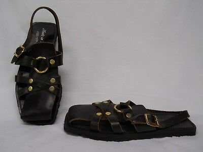 Vintage Men's Sandals Tire Tread Leather Brass Hippie BOHO ITALY Rare Excellent