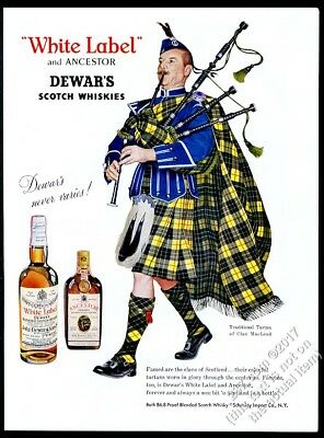 1960 Clan MacLeod tartan bagpipes piper Dewar's Scotch Whisky vintage print ad