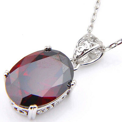 Woman Oval Shaped Fire Red Garnet Gemstone Silver Necklace Pendant With Chain