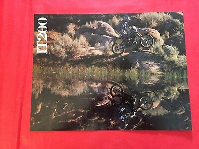 "1986 Yamaha ""IT200"" Motorcycle Dealer Sales Brochure"